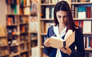 Naukowcom nie opłaci się publikowanie za granicą