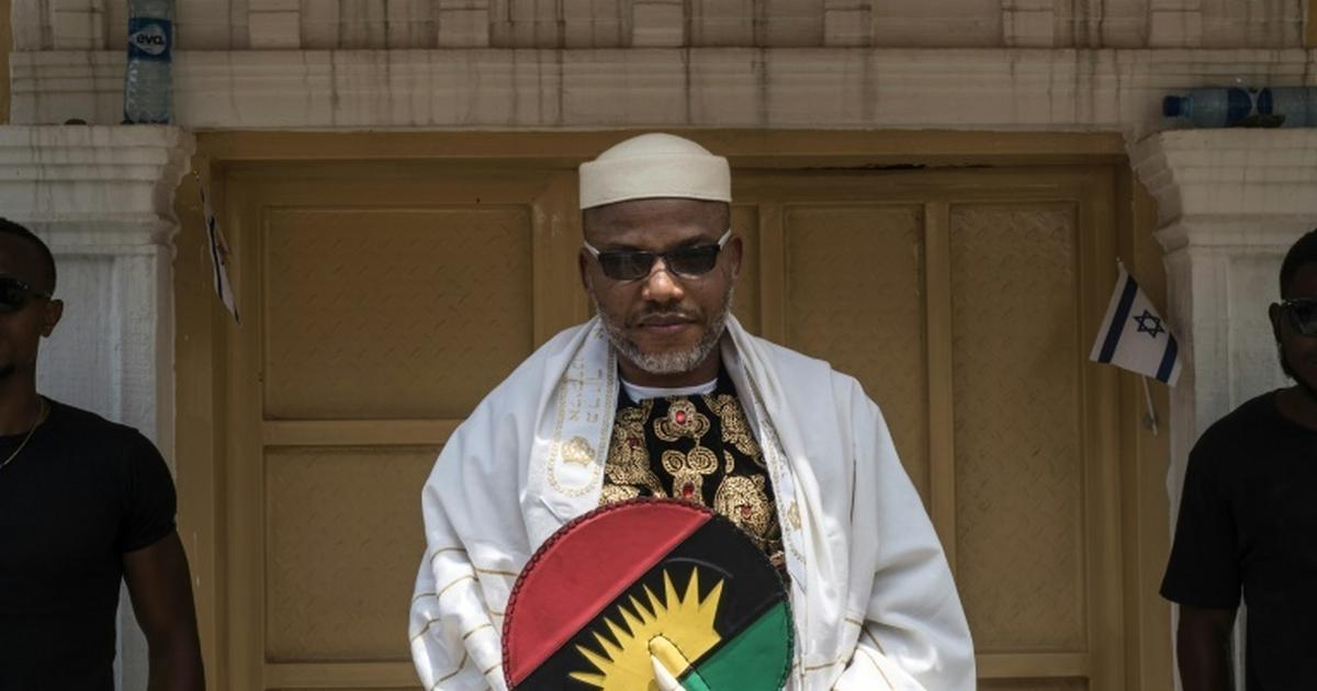 Tension in Abia as soldiers 'block entrance' of Nnamdi Kanu's residence ahead of his parents' burial - Pulse Nigeria