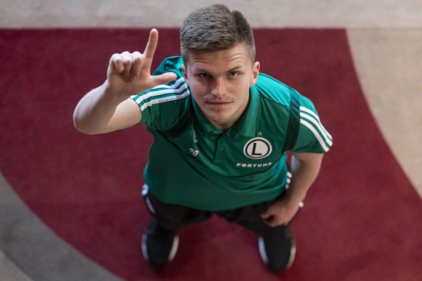 Może Maciej Rosołek (19 l.) nie odegrał w tym sezonie wielkiej roli w Legii, ale jego epizody, które dostawał od trenera Legii, rozegrał mistrzowsko.