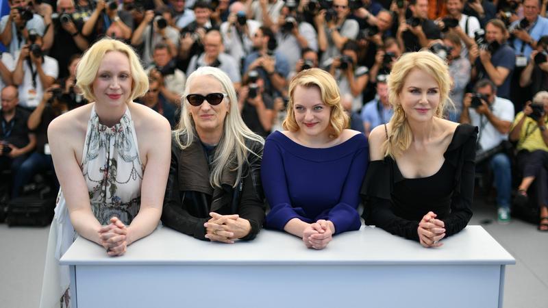 """Gwendoline Christie, Jane Campion, Elisabeth Moss i Nicole Kidman na premierze """"Tajemnic Laketop 2"""" w Cannes"""
