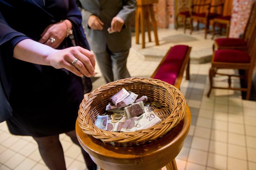 Chłodniej do pomysłu ministra podchodzą władze Kościoła