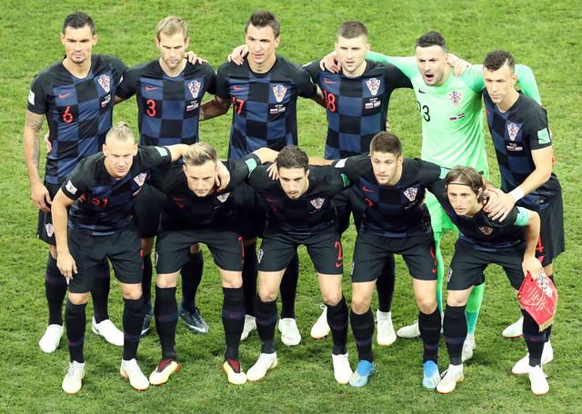 Fudbalska reprezentacija Hrvatske pred start meča sa Rusijom
