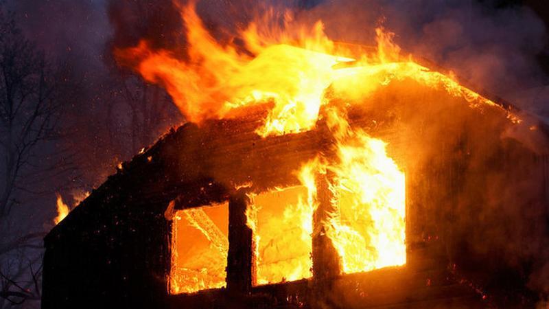 Tűz ütött ki egy makói lakóépület kazánházában / Fotó: Northfoto