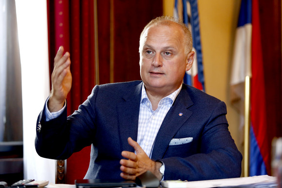 Goran Vesić: Nigde u svetu se ne daje dve trećine para za subvencionisanje javnog prevoza