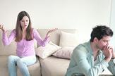 razvod stock-photo-couple-arguing-young-woman-speaking-emotionally-blaming-man-gesturing-explaining-opinion-610349357