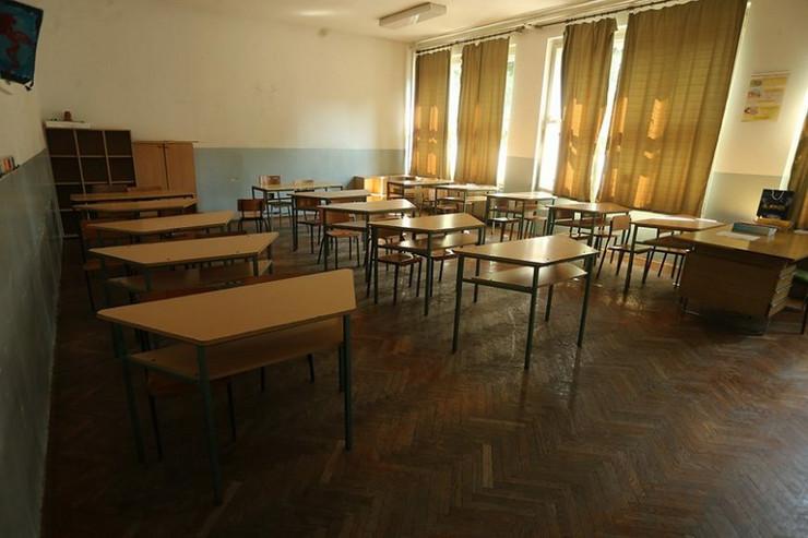 škola - učionica-prazna-foto-S-PASALIC