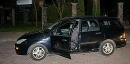 Pijany złodziej zasnął za kierownicą