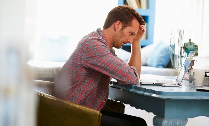 Polacy odczuwają coraz większy stres w pracy