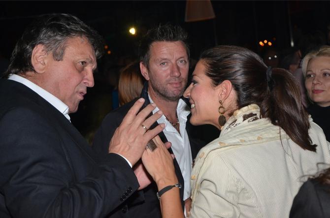 Tijana sa suprugom i Radošem Bajićem na zabavi nakon premijere filma