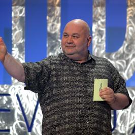 """Kiedyś gwiazdy TV, a dziś? Rudi Schuberth, roztańczony gospodarz """"Śpiewających fortepianów"""""""