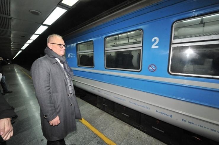 Vesić, BG voz, nove linije, Lazarevac