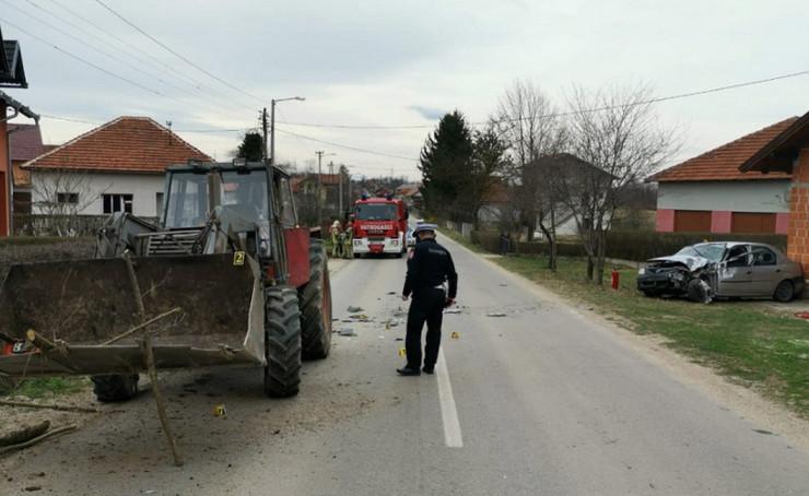 Prijedor saobracaka traktor
