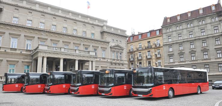 Dvesta novih autobusa na gas