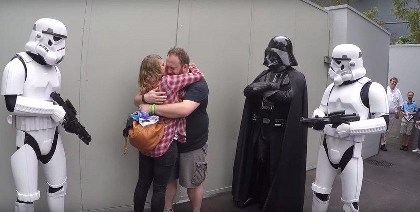 Bryan Starr dowiedział się o tym, że zostanie ojcem w Disneylandzie