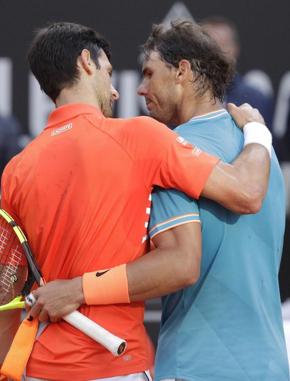 Novak Đoković i Rafael Nadal po završetku rimskog finala
