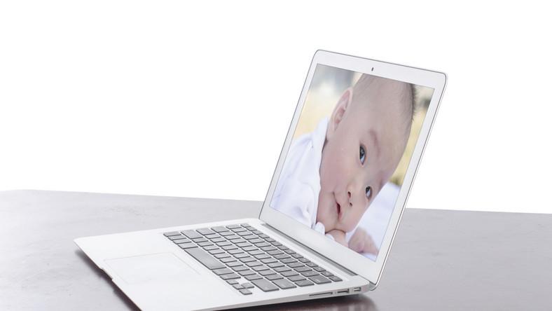 Jak bezpiecznie publikować zdjęcia dzieci w Sieci?