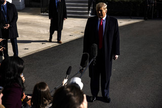Senat USA odrzucił wniosek o uznanie za niekonstytucyjny impeachmentu Trumpa