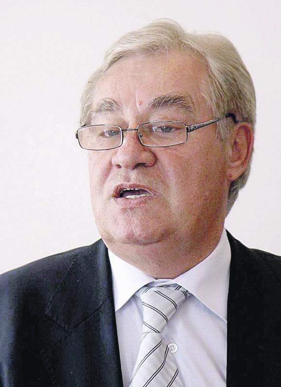 Nenad Vunjak tvrdi da je postao akademik poštenim radom i najavljuje tužbu