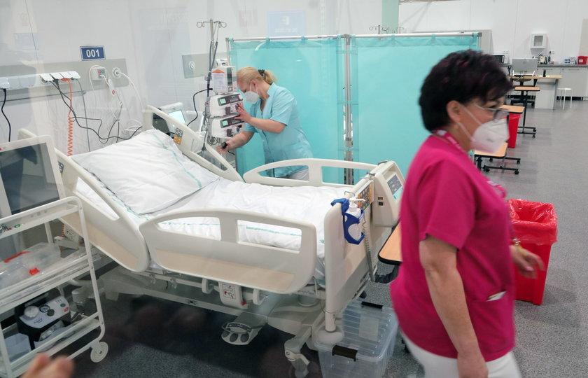 Wojewoda łódzki zdecydował o zwiększeniu liczby łóżek w szpitalu tymczasowym do 112.