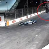 ČUDO NA STAZI! Bolid je odjednom poleteo, a ono što je uradio rival - posebna je priča! /VIDEO/