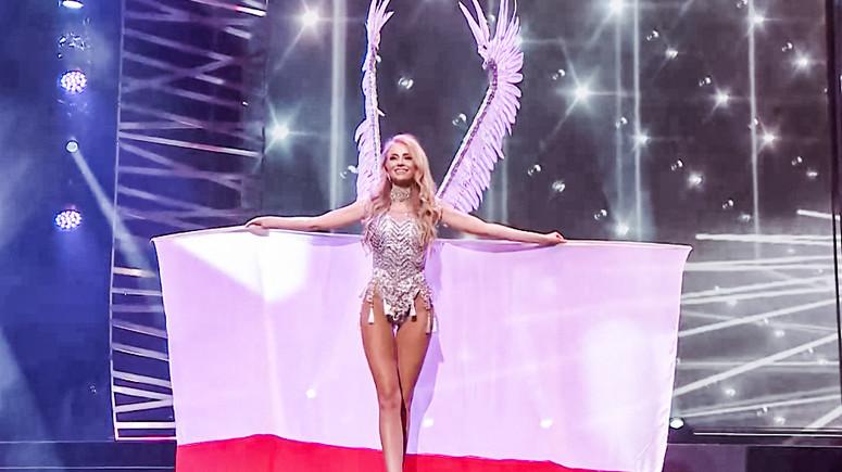 Polka na wyborach Miss Universe w skrzydłach husarii - Plejada.pl