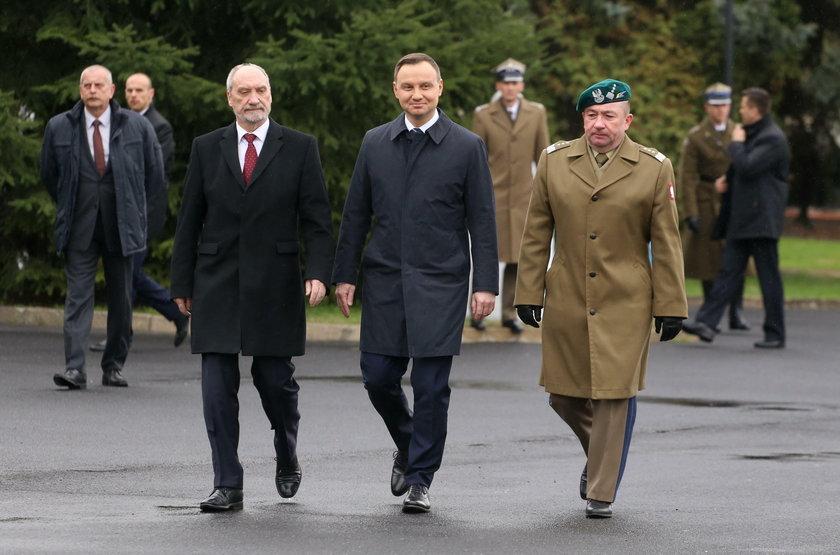 Macierewicz o generale prezydenta. Mogą go sprawdzaćnawet rok!