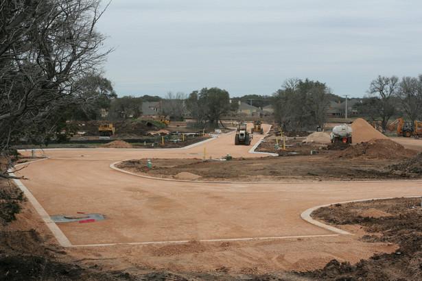 westycja polegać będzie tam na budowie dwujezdniowej drogi ekspresowej oraz obustronnych dróg dojazdowych do obsługi ruchu lokalnego.