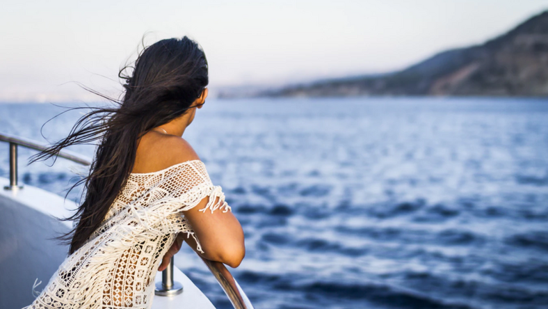 Things you need to know before going on a cruise [Stacy Knows]