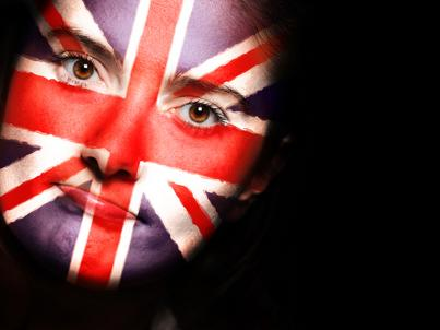 Choć Polacy spadli w rankingu, znajomość języka angielskiego rośnie - tylko w wolniejszym tempie niż w innych krajach