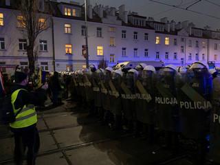 'Precz z władzą panów'. Strajk kobiet i przedsiębiorców w pobliżu domu Kaczyńskiego