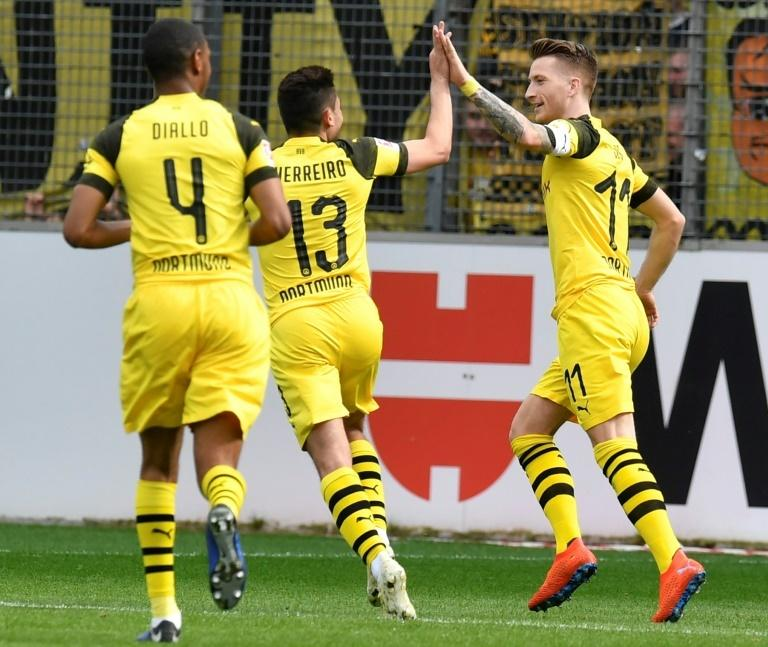 Reus kept Dortmund dreaming of pipping Bayern to the Bundesliga trophy