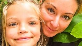 Martyna Wojciechowska z córką Marysią na okładce Gali