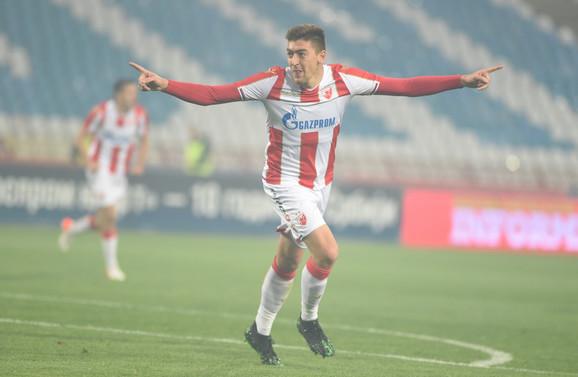 Milan Pavkov slavi pogodak protiv Mladosti