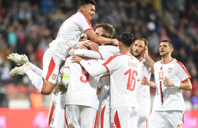 Slavlje fudbalera Srbije nakon pobede nad Paragvajem