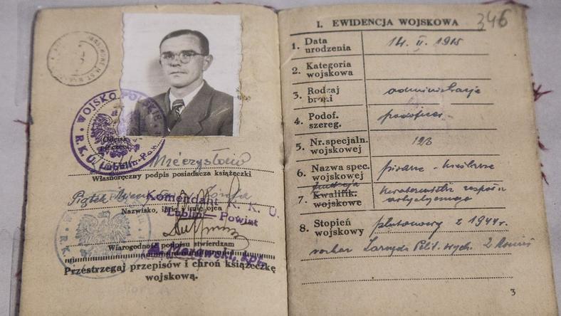Książeczka wojskowa mjr. Hieronimia Dekutowskiego