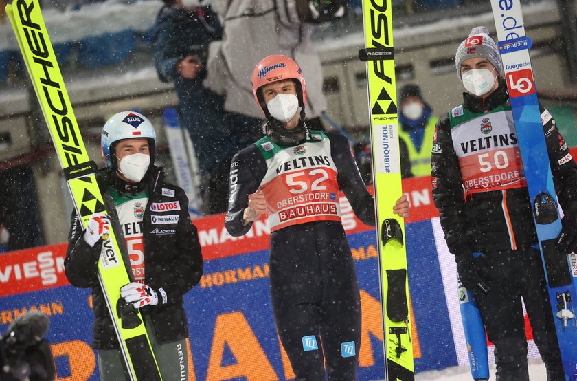 Duży awans Kamila Stocha w Pucharze Świata. Wskoczył na podium