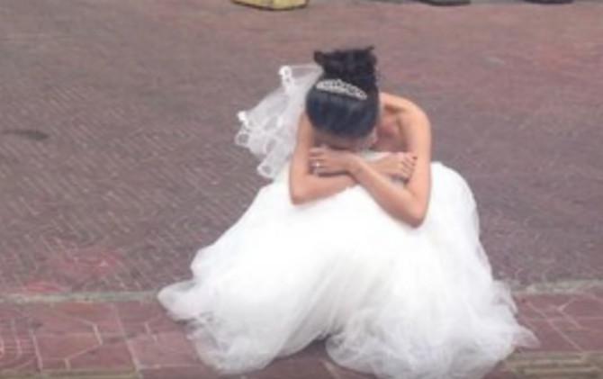 Mlada je na kraju zaplakala nasred ulice