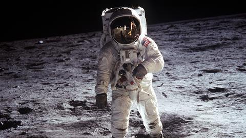 Buzz Aldrin, członek załogi Apollo 11, na Księżycu