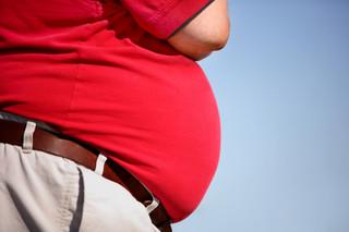 Wydajemy miliardy złotych na leczenie otyłości. Podatek od cukru i zakaz reklamowania słodyczy jedynym lekarstwem?