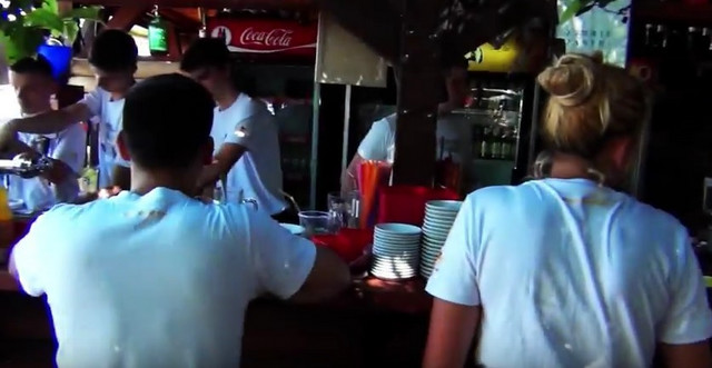 Konobari u jednom klubu na Adi Ciganliji