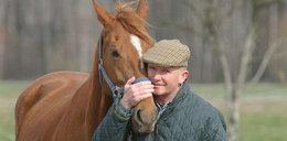 Znany aktor uzależniony od wyścigów konnych?