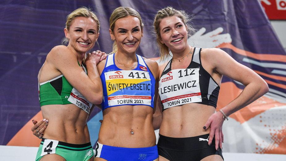 Małgorzata Hołub-Kowalik, Justyna Święty-Ersetic i Kornelia Lesiewicz
