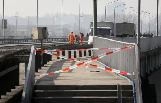 Do pożaru Mostu Łazienkowskiego doszło 14 lutego