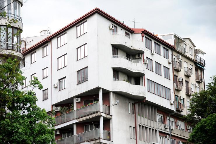 Nadogradnja zgrade, nadograđena, nelegalna zgrada, Vračar ulica Nebojšina