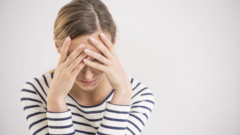 Kobieta ma problem, depresja, stres