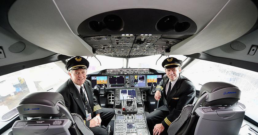 Firma Thales prognozuje, że pierwszy pasażerski samolot bez pilotów mógłby wzbić się w powietrze w 2050 roku