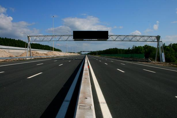 Na autostradach i drogach ekspresowych będzie można jeździć szybciej o 10 km/h.