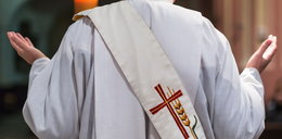 Pensje kapelanów skarbówki wyższe niż średnia u urzędników. Ile dostają za pisanie rozważań?