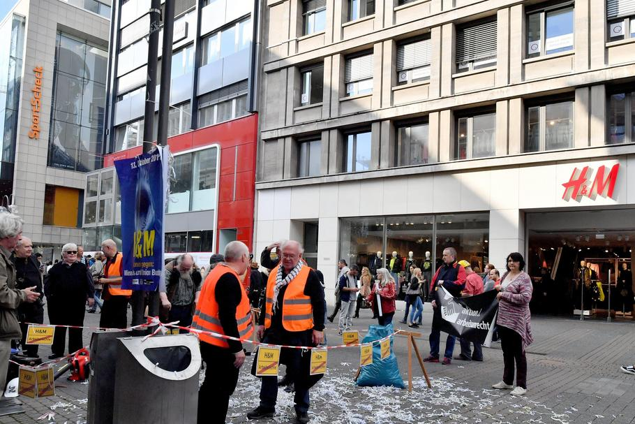 88e7caac1b Action against job unjustness in Cologne