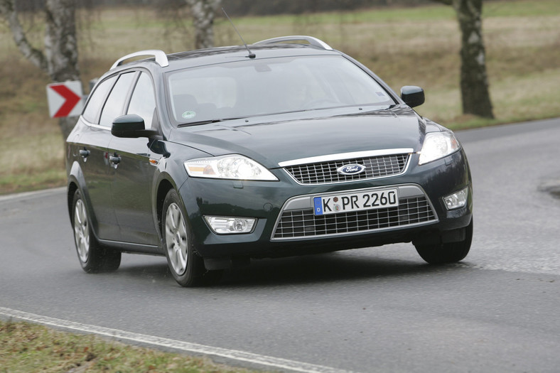 17 - Ford Mondeo (III)